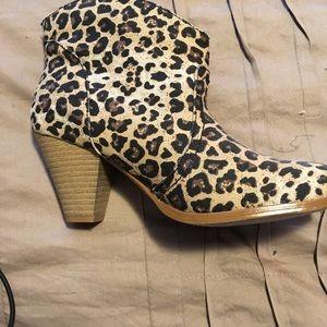 rampage leopard booties